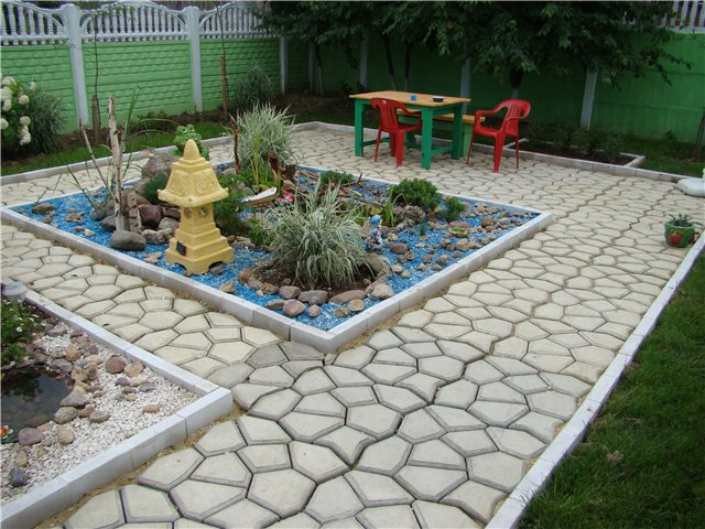 где купить садовый бордюр в Москве